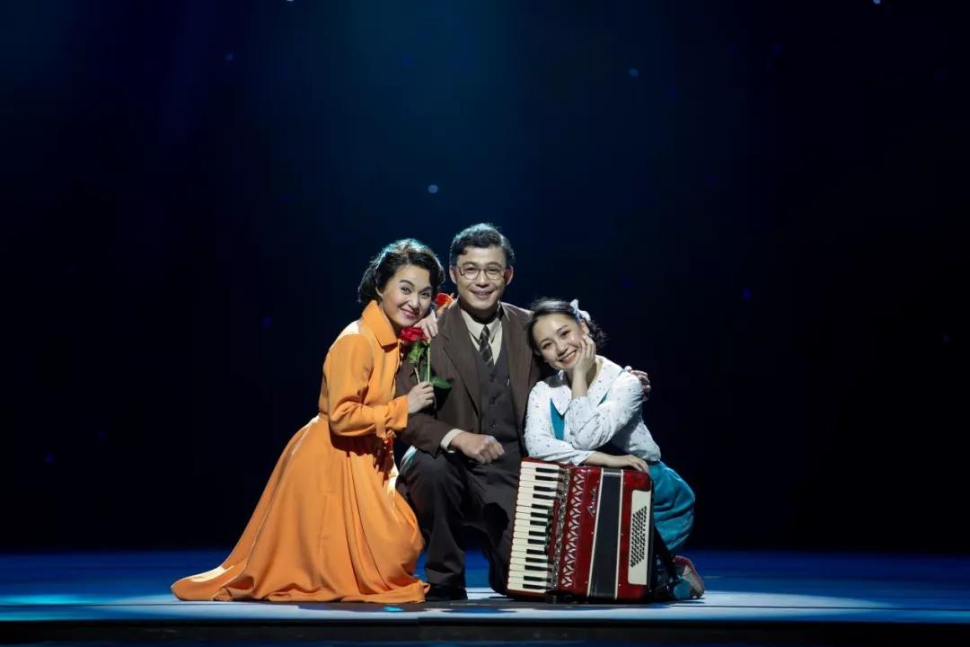 話劇《今夜星辰》、黃梅戲《青春作伴》入選慶祝中國共產黨成立100周年優秀舞臺藝術作品展演
